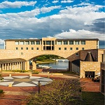 Australia�s Bond University Offers #1 Student Educational Experience and Great Career Opportunities